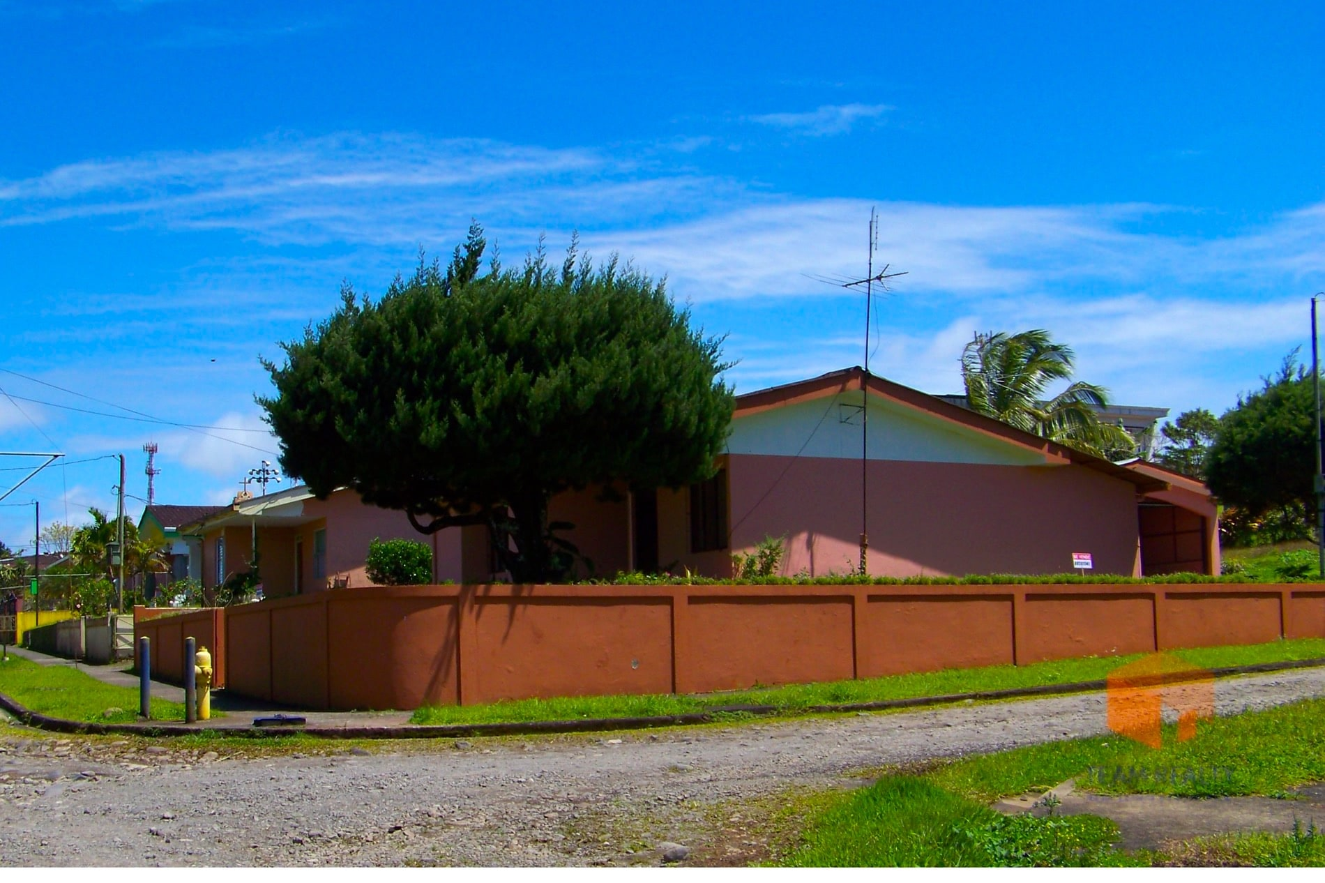 Great Opportunity House in Nuevo Arenal