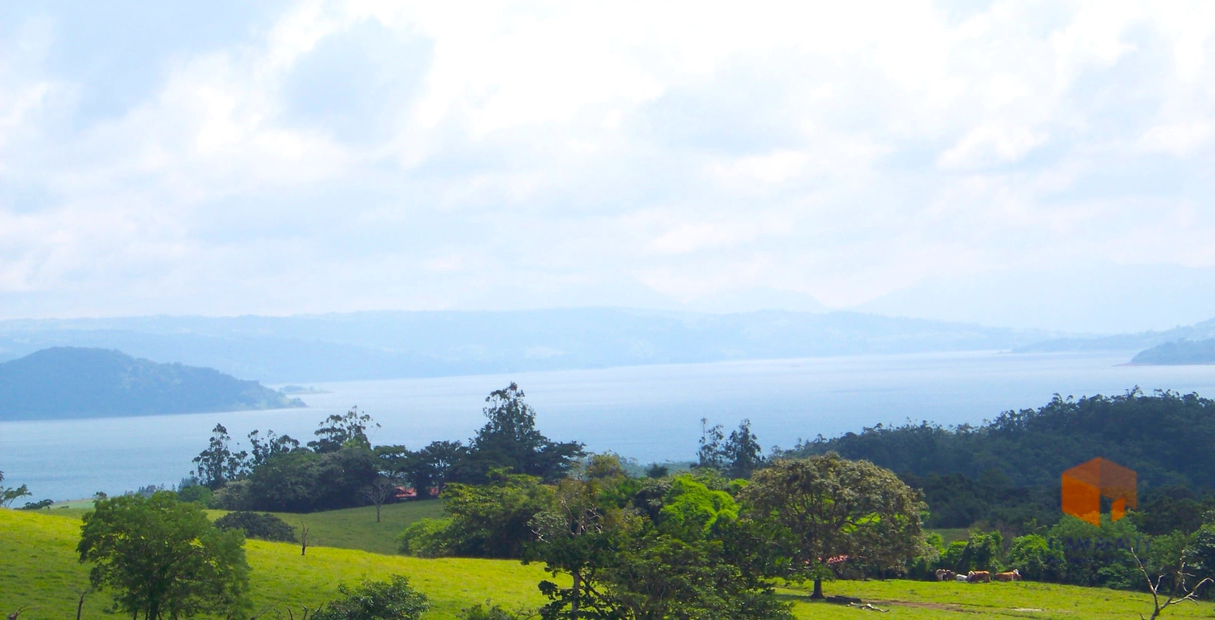 Arenal Full Lake View Lot